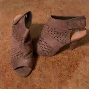 Shoes - Cute shoes